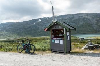 Selvbetjent kiosk langs Rallarvegen