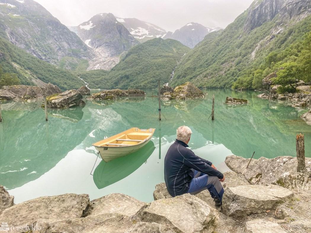 Utsikt mot Bondhusvatnet-2