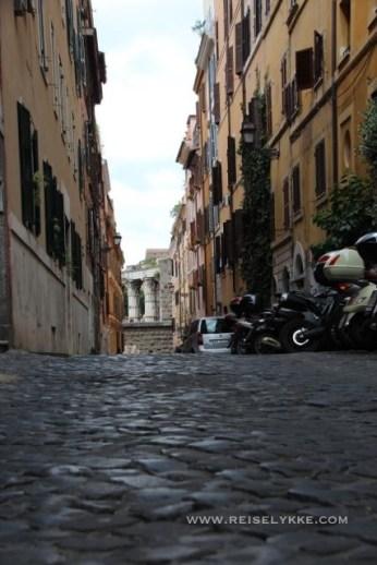 Gatebilde fra Monti i Roma
