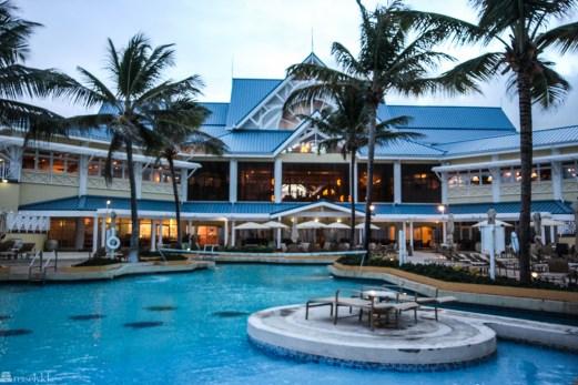 Magdalena Grand Resort på Tobago er et stort hotell, med ditto bassengområde