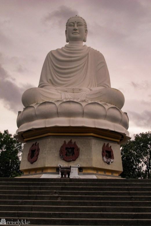 Long Son Pagoda i Nha Trang