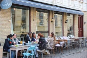 Le Petit Café i Haga