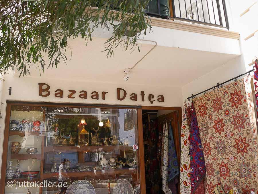 In diesem Laden gibt es traditionelle Kelims.