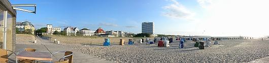 Strandpanorama von Warnemünde