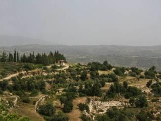 Zypern beeindruckt mit einzigartiger Landschaft.