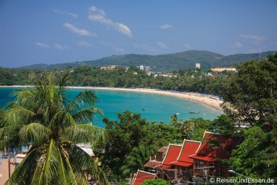 Blick auf Kata Beach in Phuket
