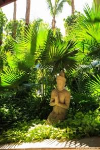 Balinesische Figur im Hotel