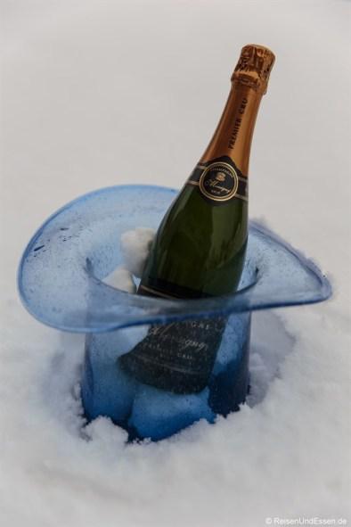 Champagner im Schnee