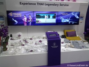 Die Accessoires von Thai in der First Class