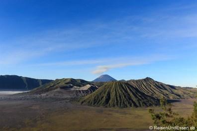 Vulkan Bromo, Batok und Semeru