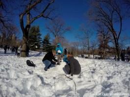 Wir bauen einen Schneemann...