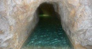 Höhlenbad Miskolc-Tapolca, Einstieg ins Dunkel