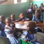 Op school in een compound