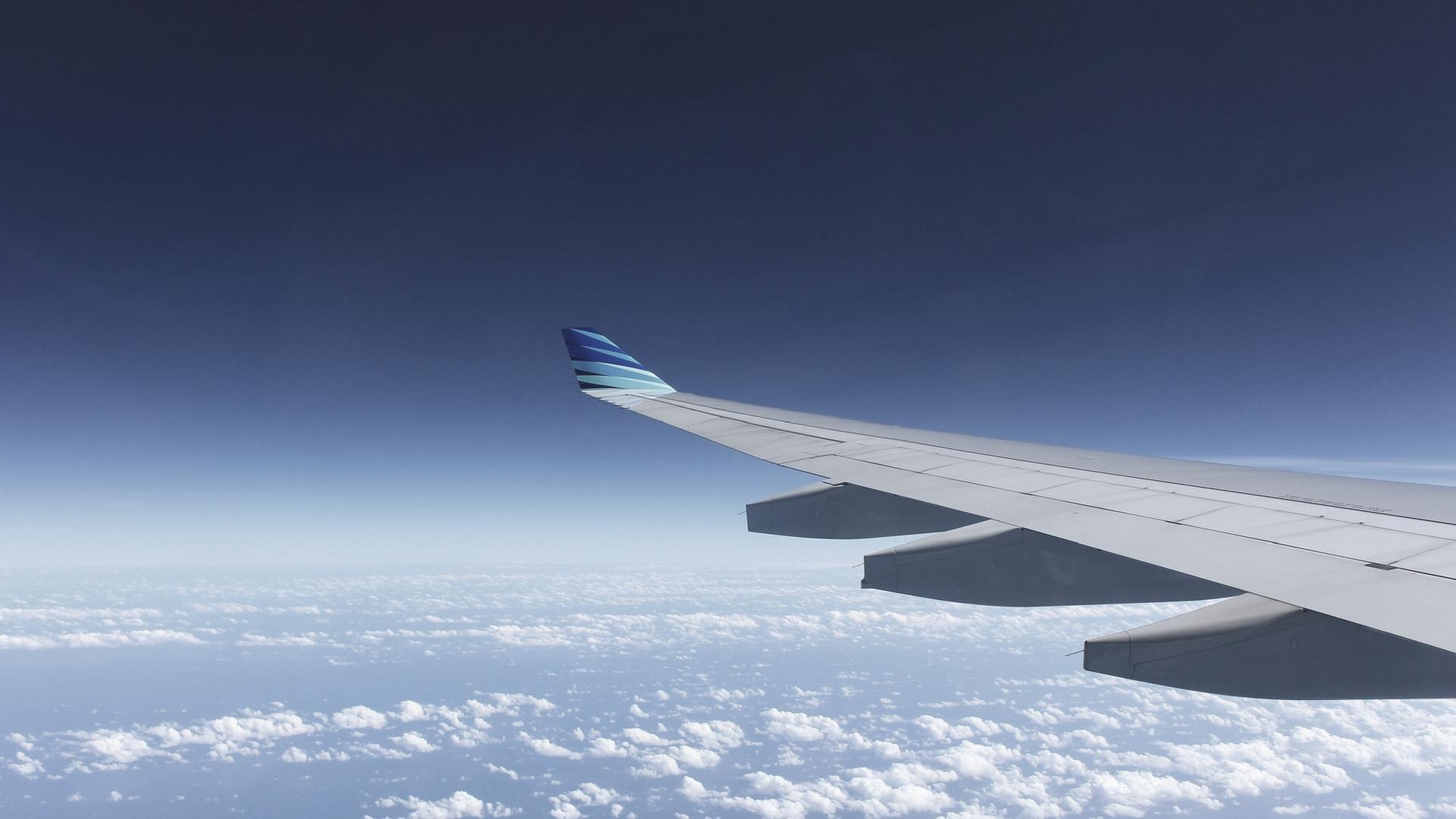 slapen in het vliegtuig tips vlucht