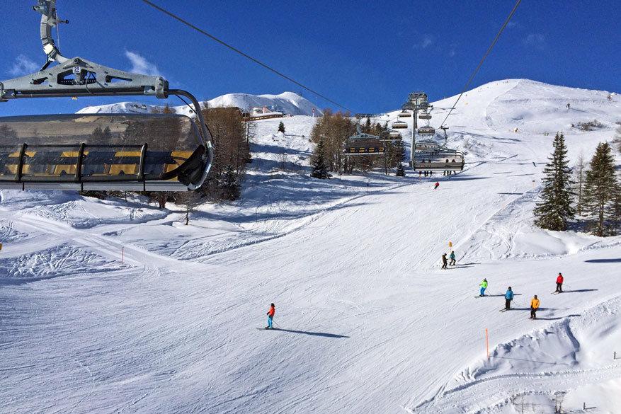 Brede pistes maken het skiën uitstekend voor jong en oud! © Bruno Loockx