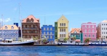00Curaçao