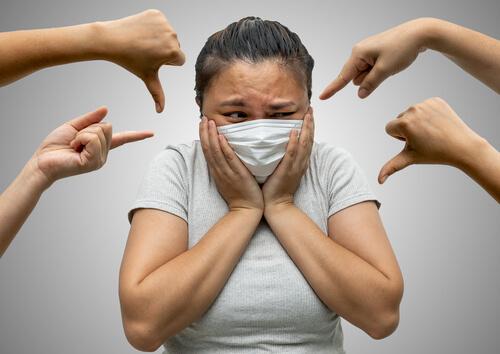 W Austrii osoby nieszczepione będą rozpoznawalne po masce