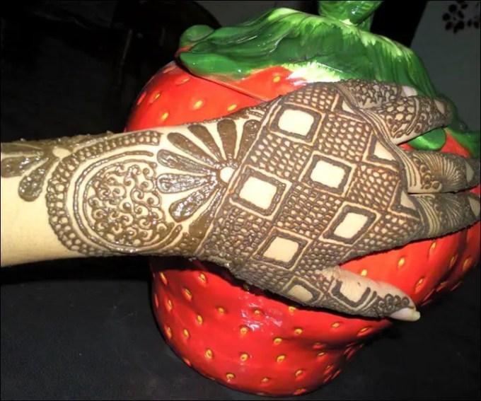 henna telapak tangan simple
