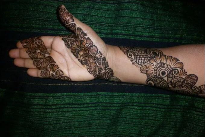 foto henna tangan