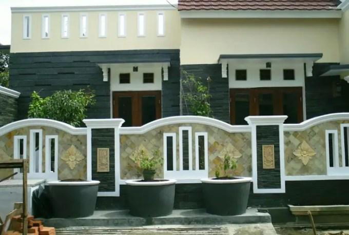 pagar rumah minimalis dari batu kali
