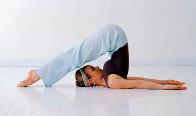 gerakan yoga plough pose