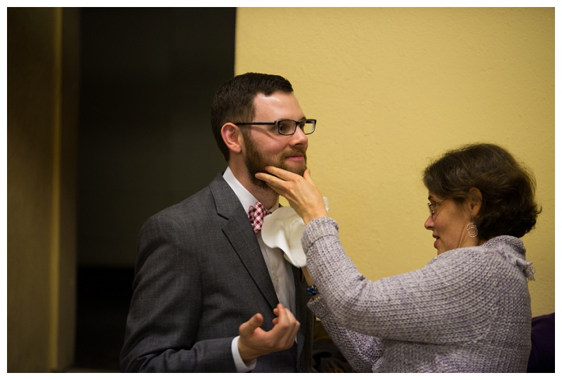 Michael and Lizzy | Mom helps groom get cake out of his beard | rejoicingrebecca.com