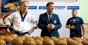 RID-rekord-kokosnuesse-hand6