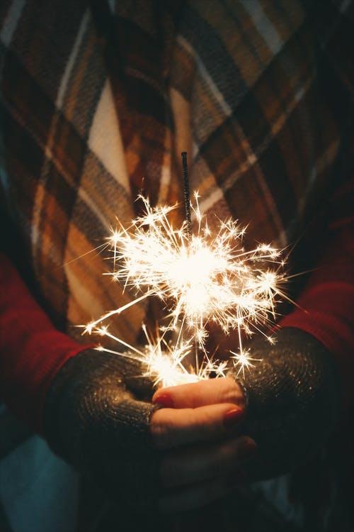 kerstfeest kerstmarkt vuurwerk kinderen