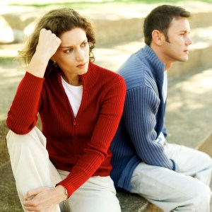 emotionally unavailable men characteristics