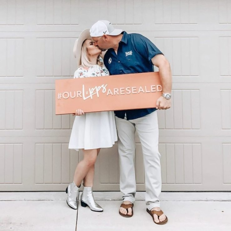 Use The Hashtag In Pre-wedding Parties
