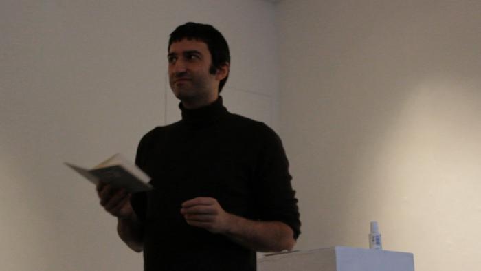 Roberto Equisoain