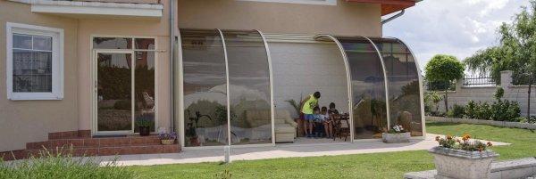 semi-opened-patio-enclosure-corso-entry