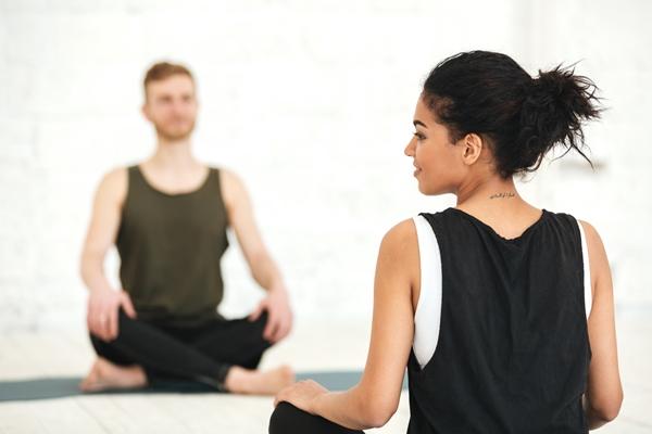 Comment soulager les douleurs articulaires avec la relaxation bio-dynamique