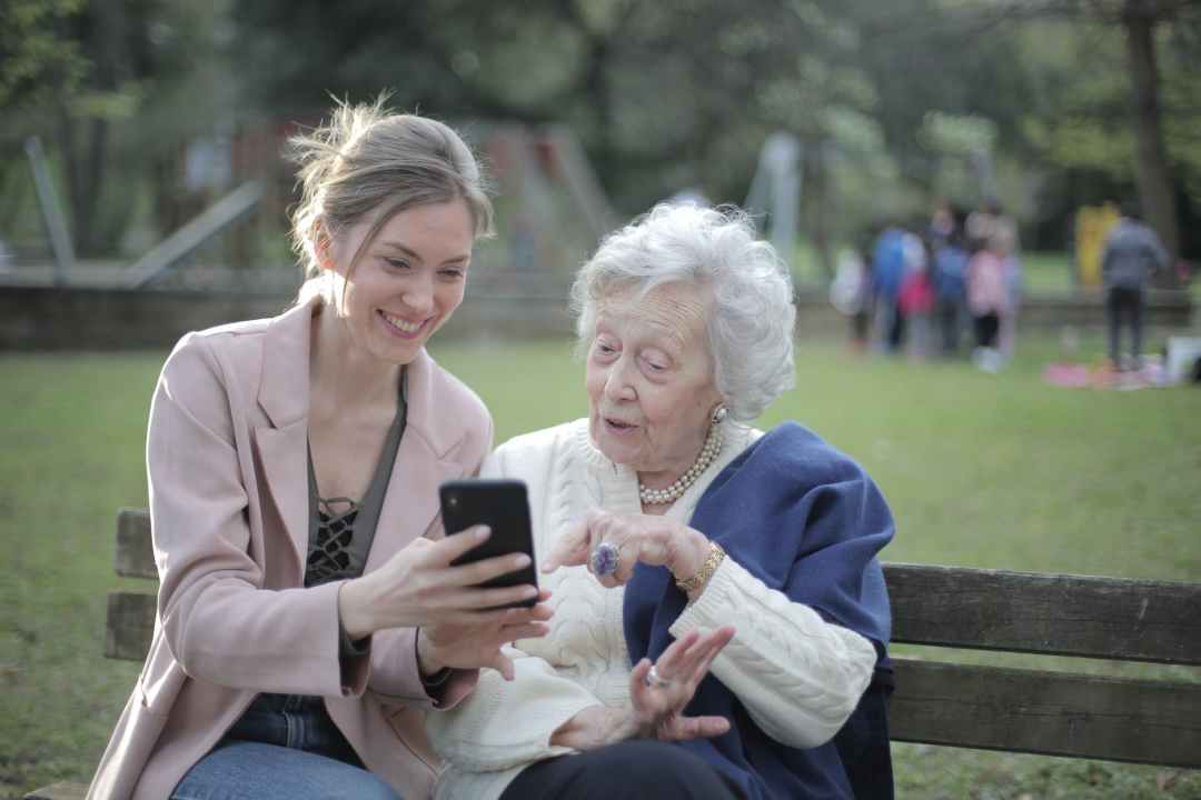 Devenir indépendant - S'occuper du bien-être des personnes âgées