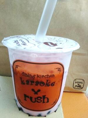 ラッシュ中央店のストロベリータピオカミルクの写真