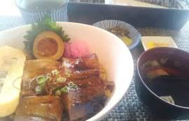 萬來の黒豚三昧丼セットの写真