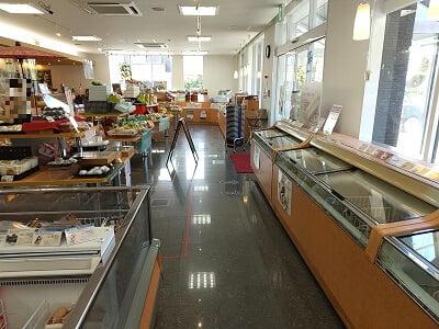 シャトレーゼ姶良店の店内の雰囲気の写真