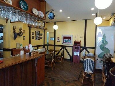 パリジャンの店内奥の雰囲気の写真