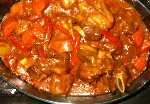 Beef Calereta Recipe - Relaxlangmom Filipino Food Blog