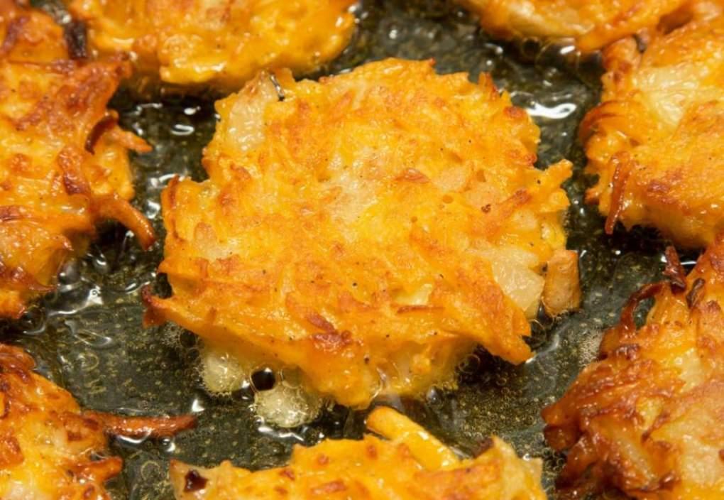Langkalabasa Fritters - Kalabasa Dessert - Pinoy Dessert Recipe | Relaxlangmom Filipino Food Blog