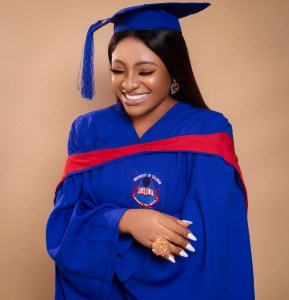 Nursing mom becomes first and only graduate with 1st Class, Nursing Mom Becomes First and Only Graduate with 1st Class in Her department, Relay Vibes