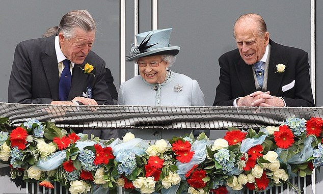Queen Elizabeth Mourns Another Icon