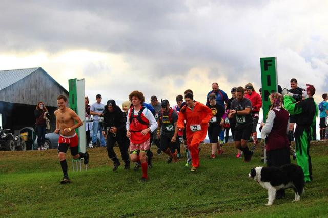 Shale Hill Adventure Farm Halloween Obstacle Run Start