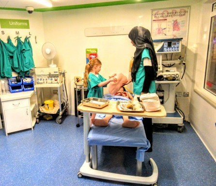 Eva performing surgery - Kidzania