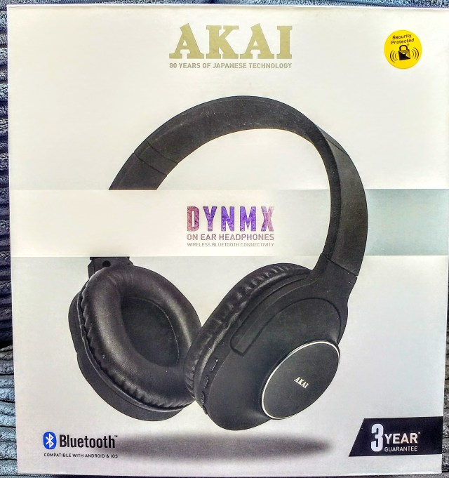 Big Birthday Giveaway - Akai Wireless Headphones