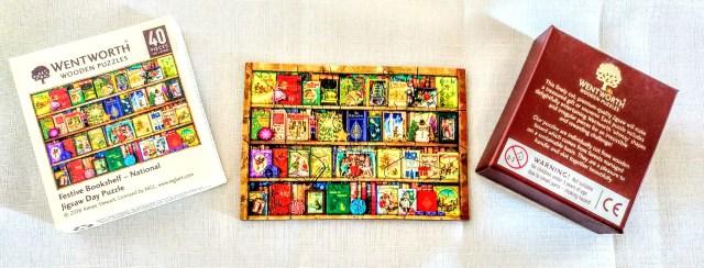 Festive Bookshelf Micro-Puzzle