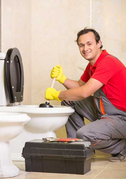 Fort Collins, CO Plumber repairing plumbing emergency