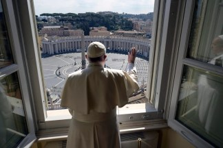 Vatican Returns to the Past With Easter Coronavirus Restrictions