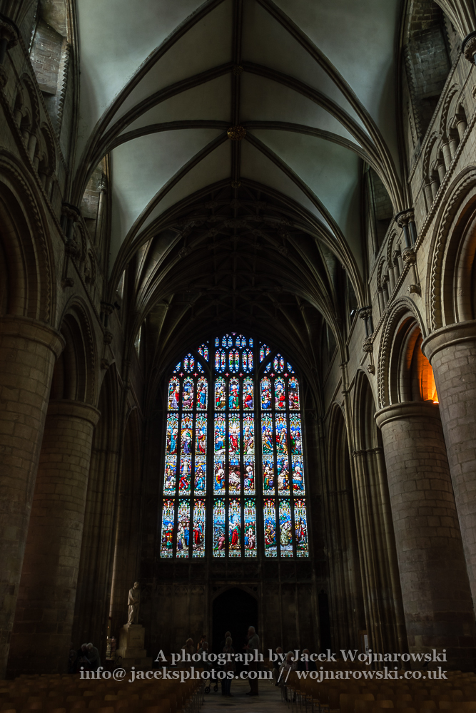 Gloucester Cathedral inside - Nave and stained glass