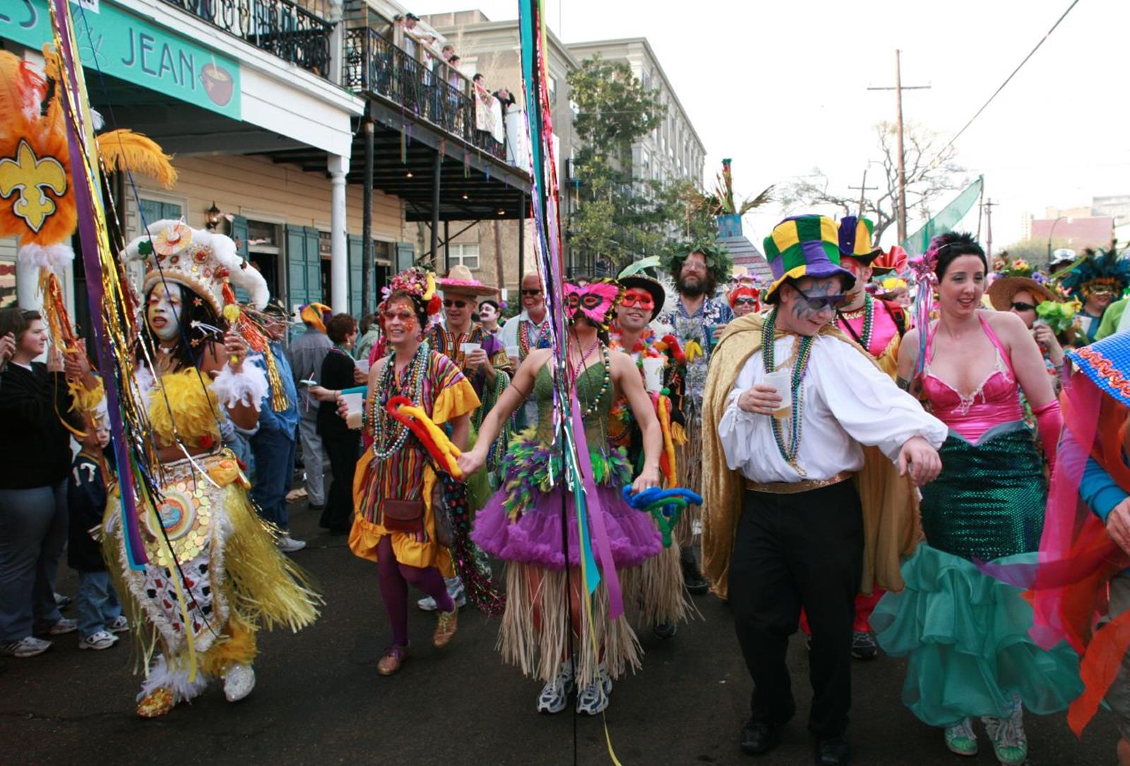 Group Travelers Explore The Religious Cultures In New Orleans
